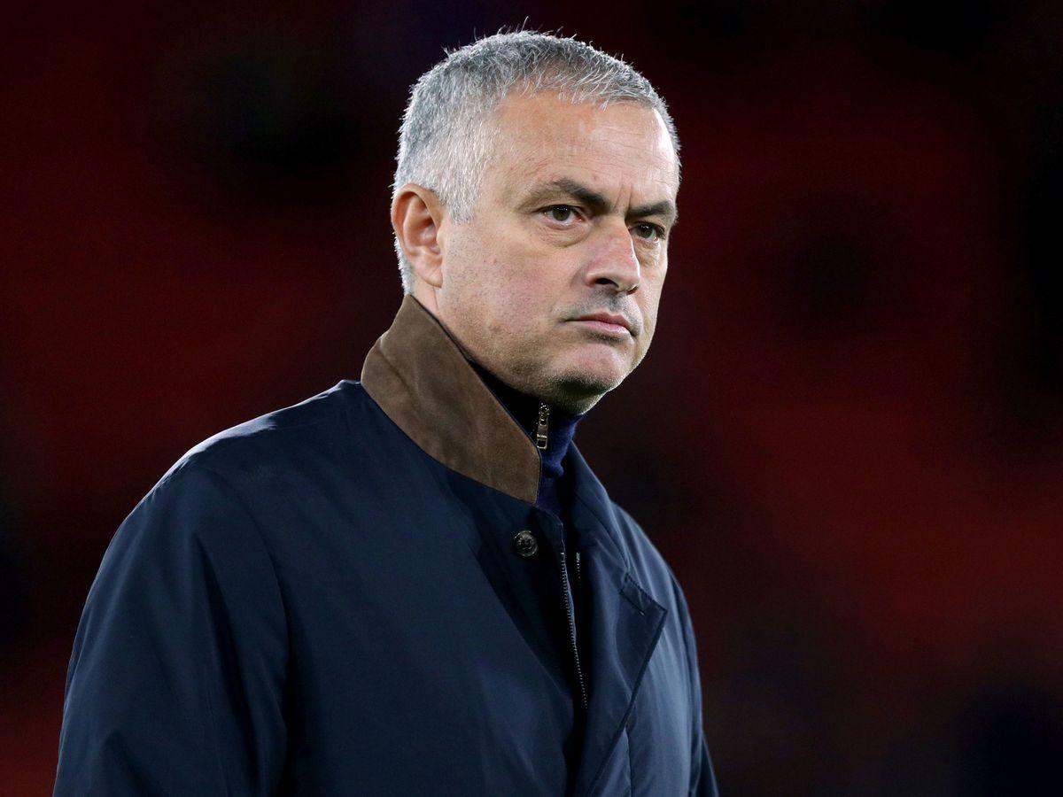 Mourinho Disebut Akan Latih PSG?