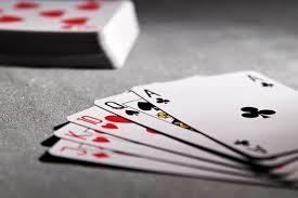Bagaimana cara memenangkan uang tunai di kasino