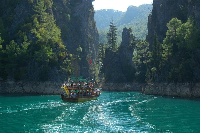 "Grand Canyon Versi Indonesia di Pangandaran "" Green Canyon """